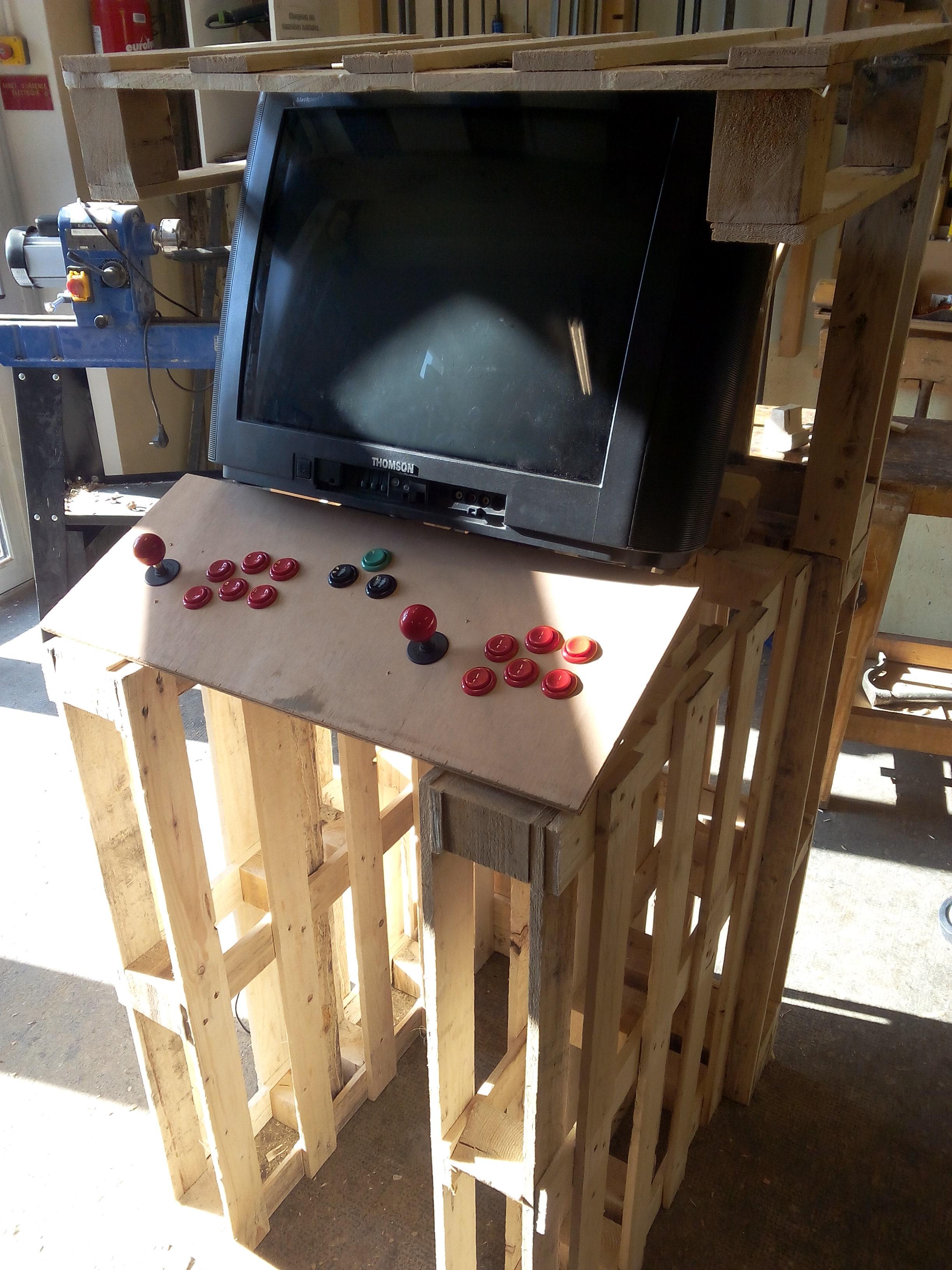 Construire une borne d 39 arcade c 39 est possible 3 hit combo - Borne d arcade maison ...